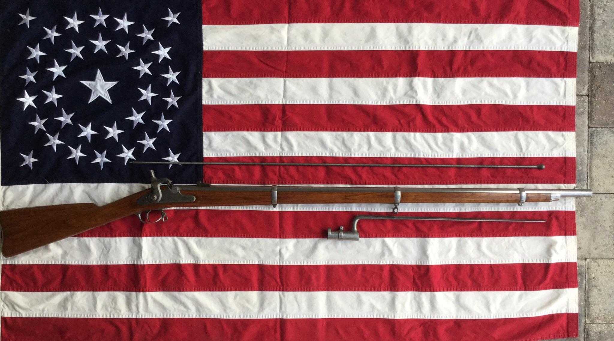 1863 Springfield Rifle Musket & Socket Bayonet