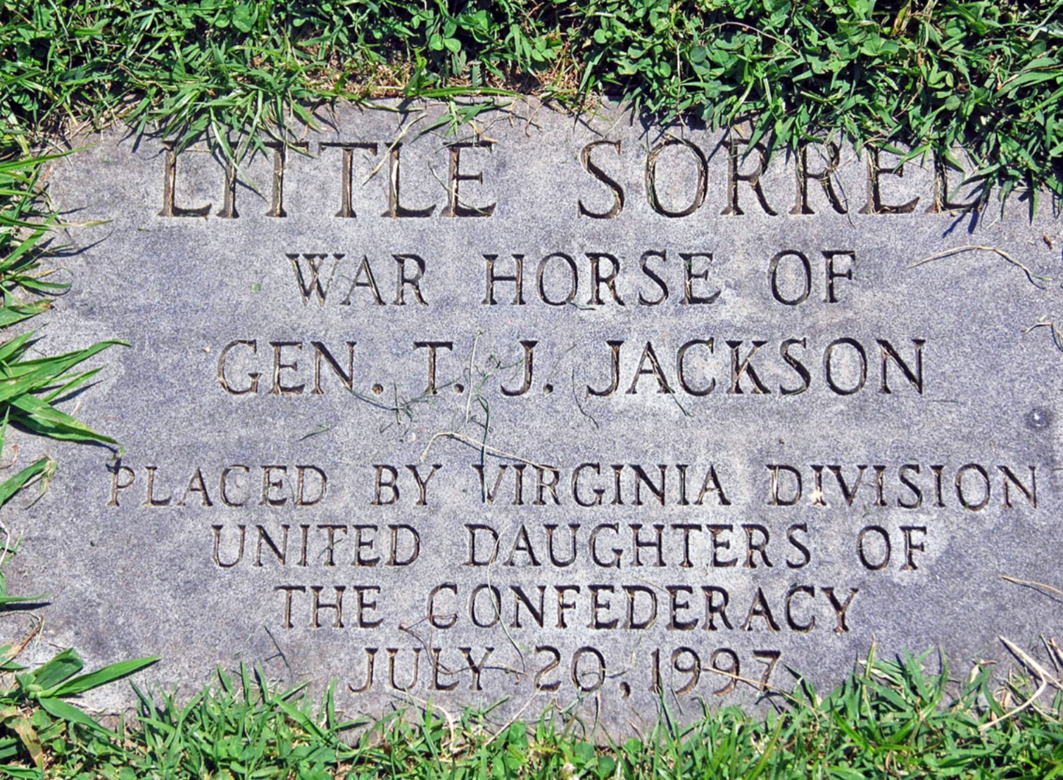 War Horse Little Sorrel, Head Stone